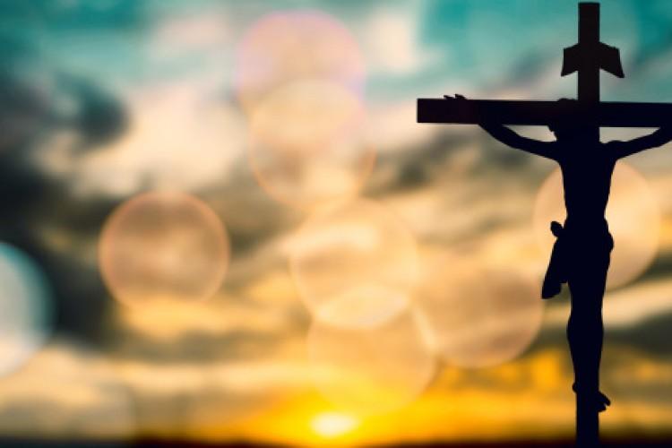 "Padre Cantalamessa: ""Adorarás o Senhor teu Deus"""