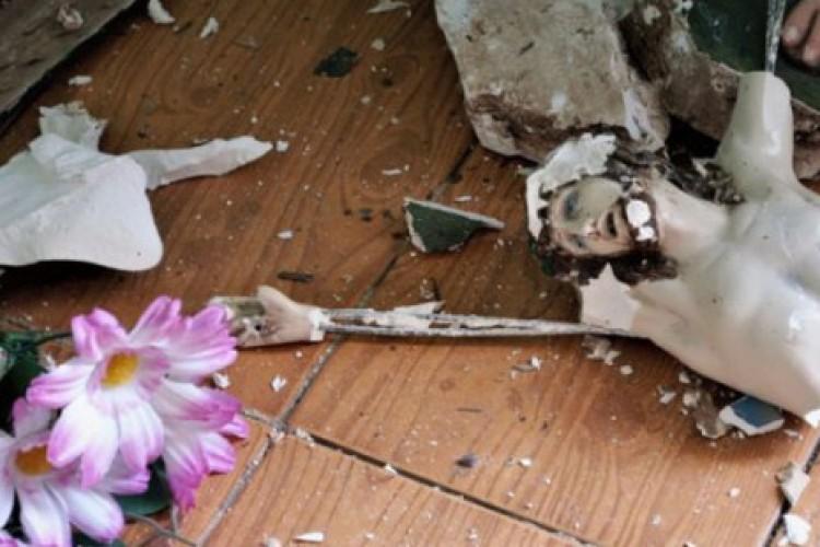 4 capelas católicas atacadas no Ceará: sacrário é profanado