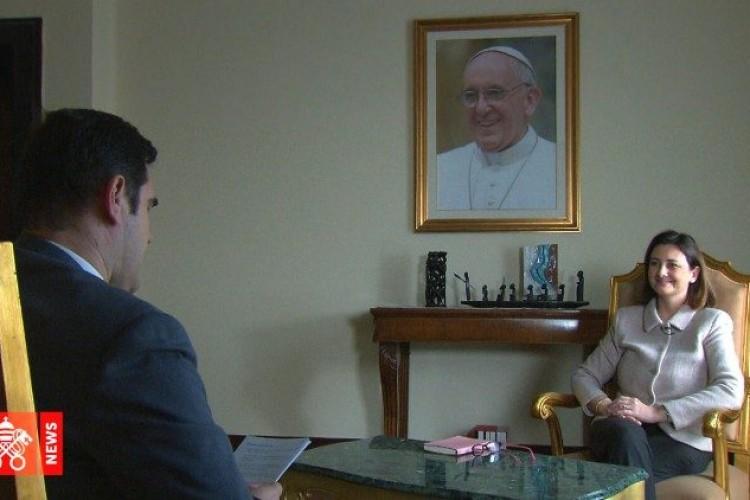 Card Farrell: Papa quer leigos e mulheres assumindo papéis de responsabilidade na Igreja