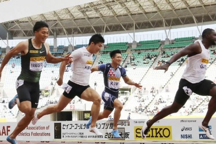 Francisco sobre o esporte: experimentar a alegria de competir e atingir uma meta em equipe