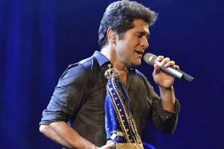 Padres cantores e artistas fazem shows em homenagem à Nossa Senhora Aparecida