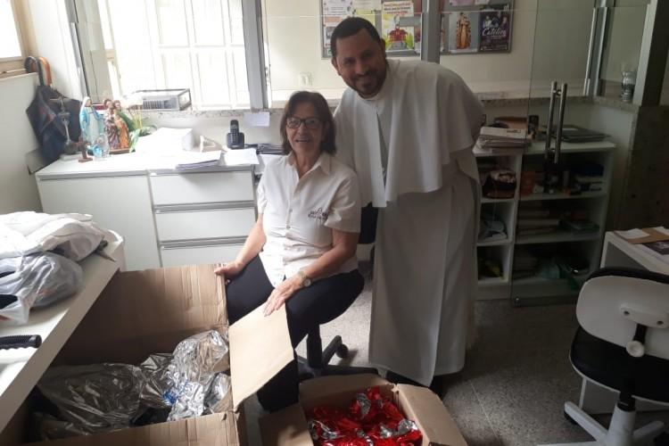 Paróquia doa mais de 500 brinquedos para capelania