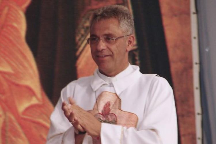 Arcebispo autoriza abertura de processo de beatificação de Pe. Léo