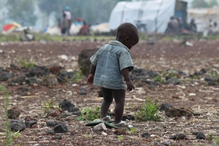 Papa: os pobres estejam no centro de nossas comunidades